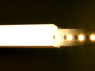 Dot-Free / Dotless LED 12vdc LED Strip with Ultra-Long lifetime